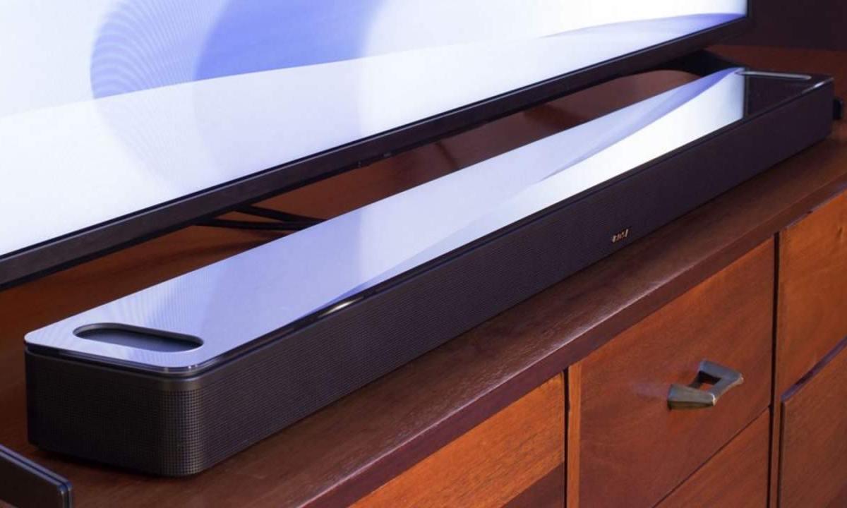 ساوند بار Bose Smart Soundbar 900 يجمع بين الصوت المكاني ودولبي أتموس